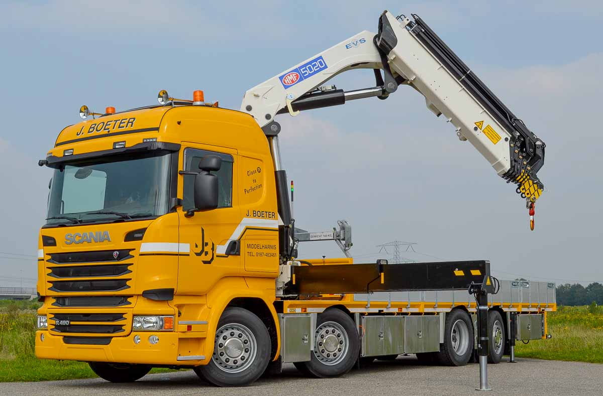 Mooie gele Scania met HMF 5020